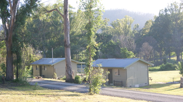 Cabins / Bunkhouse
